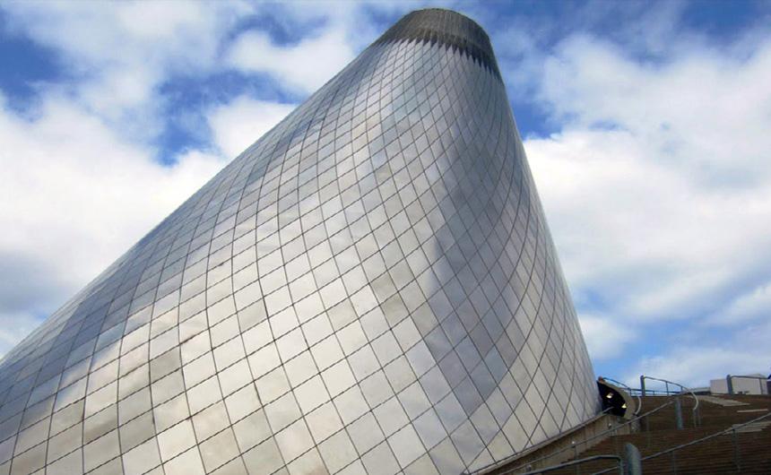 MUSEUM OF GLASS – TACOMA, WASHINGTON